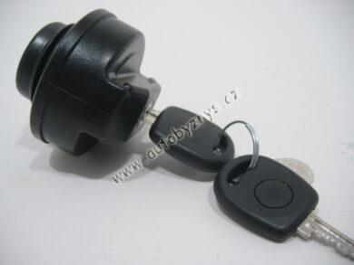 Gas cap FELICIA 10/94 12/97(903)