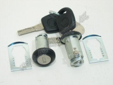 Zámky dveří přední FELICIA 1/98- pár CZ ; 6U0837061A(4636)