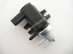 Měnič tlaku zpětného vedení zplodin Oct/Fab/Sup/Oct2/Room/Sup2 ; 1J0906627B-FABIA II 07- pro motory 1.4D 59kw BMS/1.9D 77kw BLS/brOCTAVIA 01-10 pro motory 1.9D 74/96kw AXR,ASZ/brOCTAVIA II 04-08 pro motory 1.9D 77kw BLS/2.0D 103/125kw BMM,BMN,CEG/brOCTAVIA II 09- pro motory 1.9D 77kw BLS/2.0D 103kw BMM/2.0D 125kw CEG/brROOMSTER 06- pro motory 1.4D 59kw BMS/1.9D 77kw BLS/brSUPERB 02-08 pro motory 2.5D 114/120kw AYM,BDG od roku výroby vin kód 3U-29009 507/brSUPERB II 08- 1.9D 77kw BLS/2.0D 103kw BMP/2.0D 125kw CBB