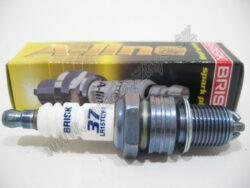 A-Line37 svíčka zap.Brisk LR15TCY-1