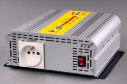Měniič napětí z 24V DC na 230V AC 600W trvale